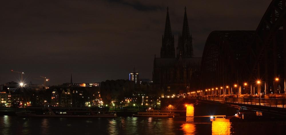 Kölner Dom, dunkel